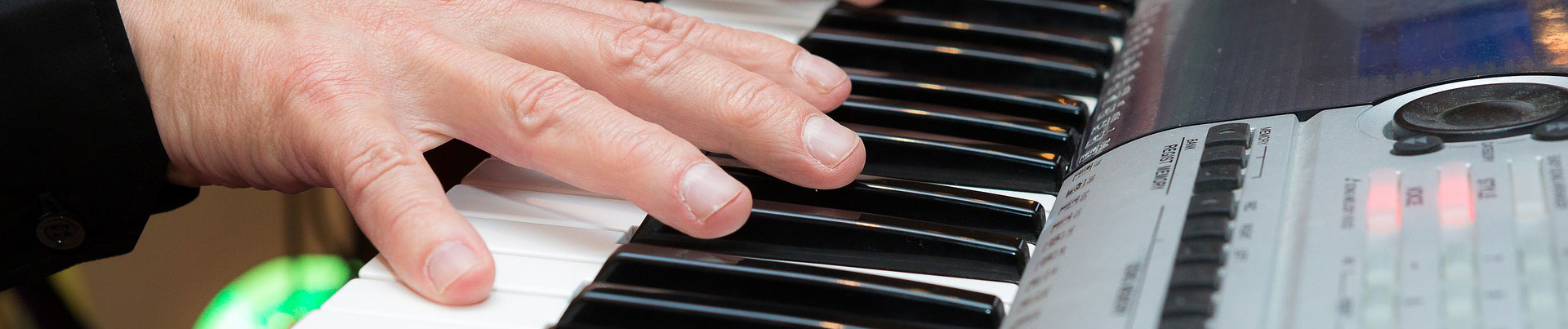 anslag-piano-köpa-keyboard